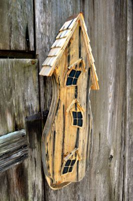 HEARTWOOD BAT HOUSE 230A
